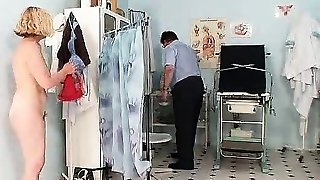 Hairy twat mummy Tamara embarrassing doctor examination