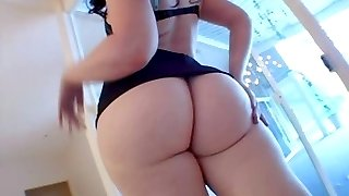 Ample booty moms
