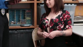 Shoplyfter - Slutty Teen Attempted To Escape Gets Fucked Instead