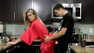 Stepmom & Son-in-law Affair 62 (Unexpected Breakfast)