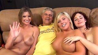3 lamauttavia orgia poikien kanssa