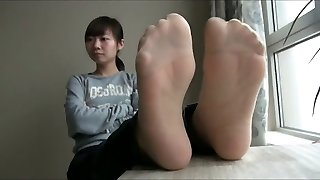 hiina nailon ja alasti jalad n tallad