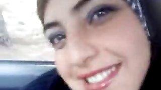 zaparené, arabské predstaví jej baps v aute