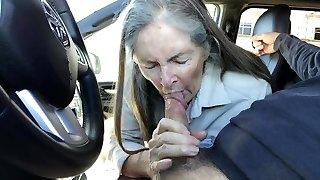 mamie bj est dans le camion