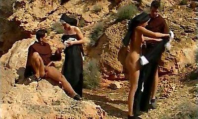 călugărițele 31