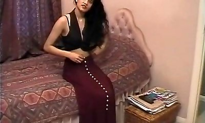 brit indian fata shabana kausar retro porno