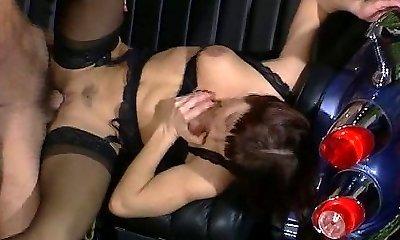 דולי באסטר - וידאו, מועדון למסיבה