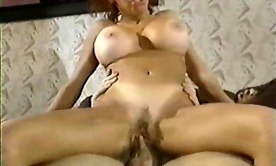 Vintage Big Tits Sandy-haired Bunny Bleu