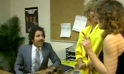 Chubby brunette secretary gets laid with cocky Arab man