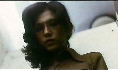 Doll Teacher : Boy Hunting (1975)