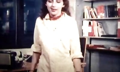fun at the office (1974)