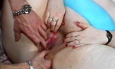 femeie durdulie curva fututa intr-un film porno retro