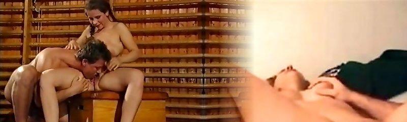 Students geile biester auf der schulbank (1995)