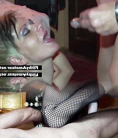 Amateur Milf cum gulp! A spoonful of cum after anal invasion!