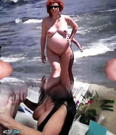 Spy Beach Mature Pregnant Ladies saggy Tits huge Puffies