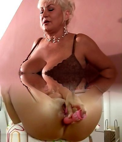 Scorching MILF gets cock