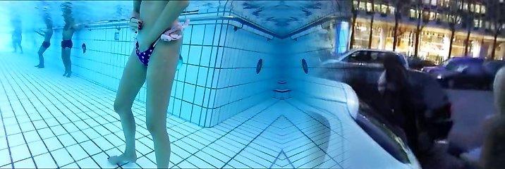 skiny mature jerks underwater  me also !