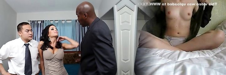 Mummy's cuckold with Phoenix Marie