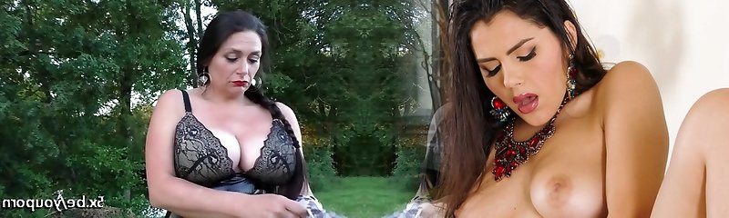 Mature Emma gets Two cocks outdoor