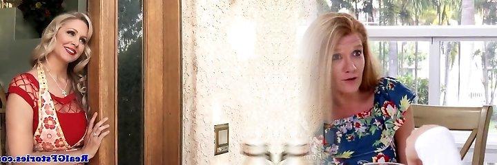 Mature blondie housewife titfucks the milkman