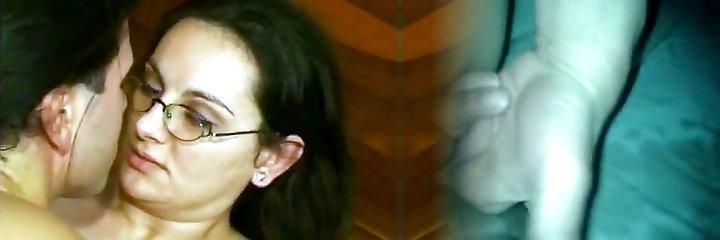 mama alemana peluda en las gafas doble penetración unido