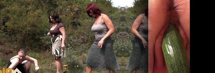 Outdoor oldie porn