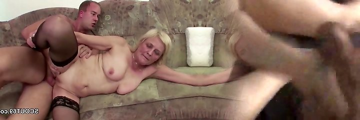 Young Boy Seduce Grannie in Stockings to Fuck and Facial