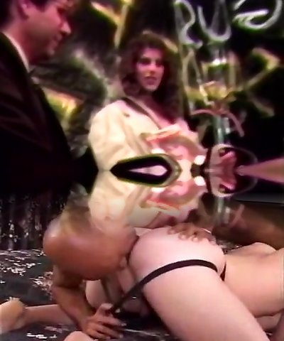 Moaning lady wild retro gang-bang