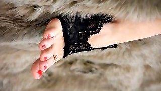 Feet 002 - Early Christmas Present