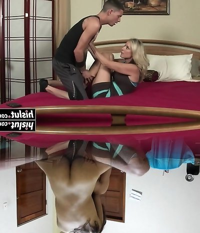 Buxomy mommy enjoys daily sexual intercourse