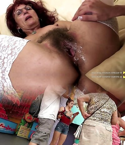 Deep fisting for splendid mature mommy's hairy pussy