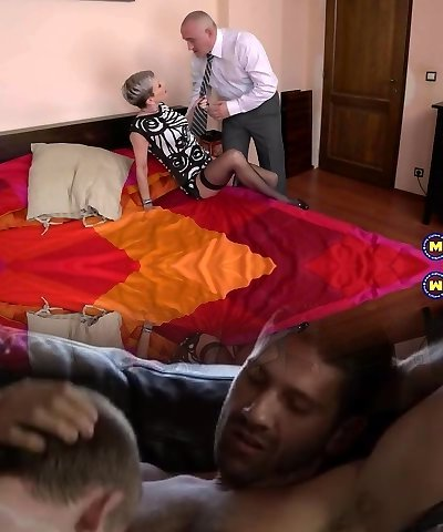 Mom gets fisting and rough sex from parent