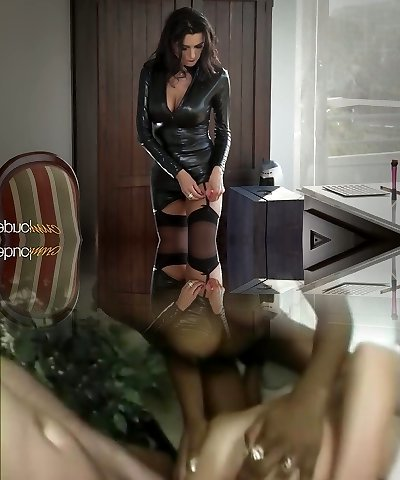 Beautiful mommy in latex Ania Kinski gets pounded properly