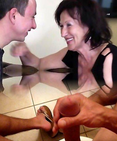 Nice girl anal squirt