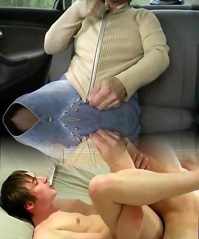 Redhead-Bbw-Grannie Outdoors in a Car by 2 Guys