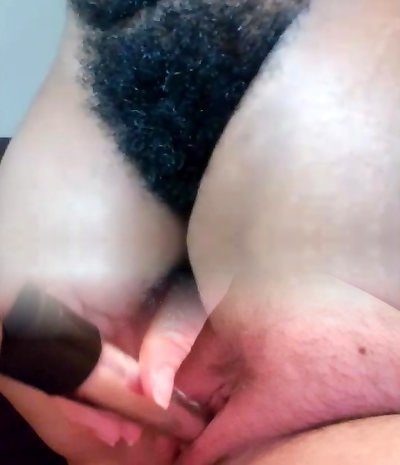 AFRICAN MILF Wooly PUSSY