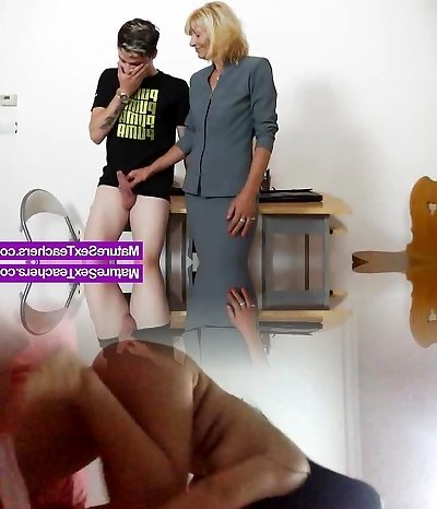 Mummy teacher playing plus a cock