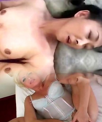 Japanese mature solo jerk