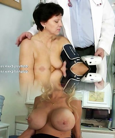 Mature woman Eva visits gyno physician to get gyno mature exam
