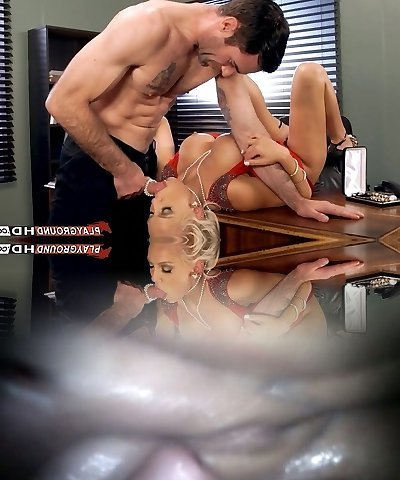 Pulverizing My Ginormous Titty Boss In Her Office