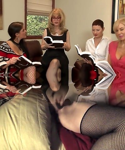 Great Lesbian Hump By Horny Matures