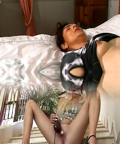 French mature bi-atch in Threesome gets ass fucked