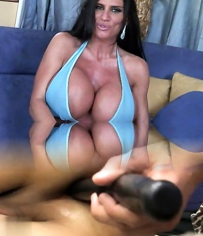 Enormously busty mother Lisa Lipps loves to bonk