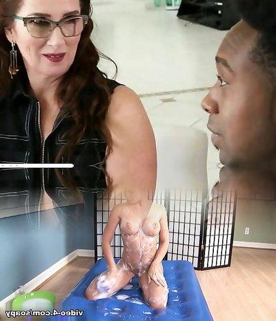 Crumb Not Mom Maria Fawndeli Gives Handjob Good Teen Sonnie
