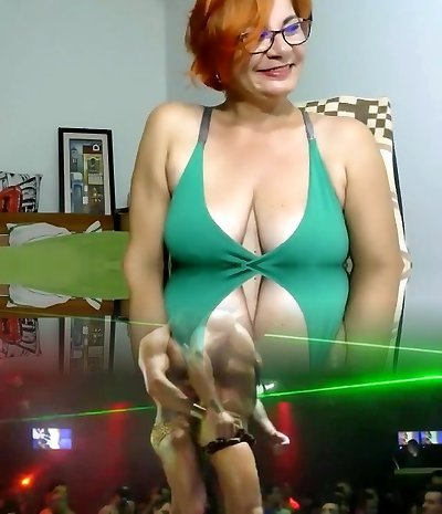 peachtaste non-pro record on 07/11/15 17:46 from chaturbate