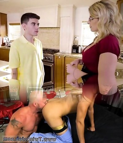 Brazzers - Cory Chase nails her son-in-law's friend! - MomsTeachSex - Step Mom Pun