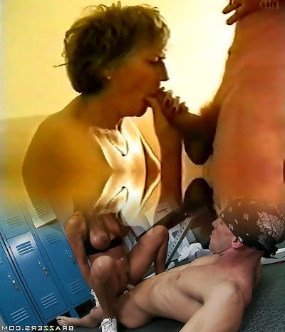 (Collect) Gangbang all slots with platinum-blonde mature wife