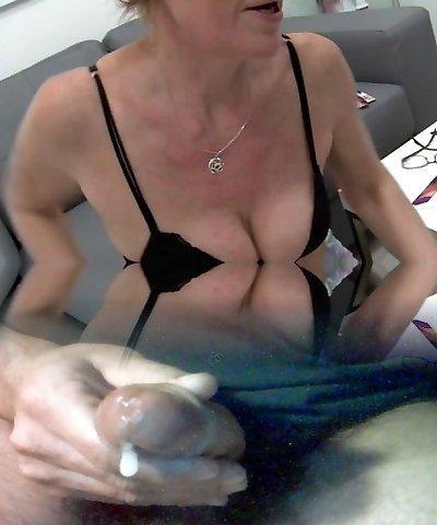 Mature Czech Woman Dumping With Estrogenoli