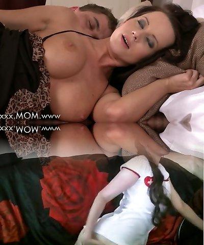 MOM Huge-boobed Brunette Cougar takes his length