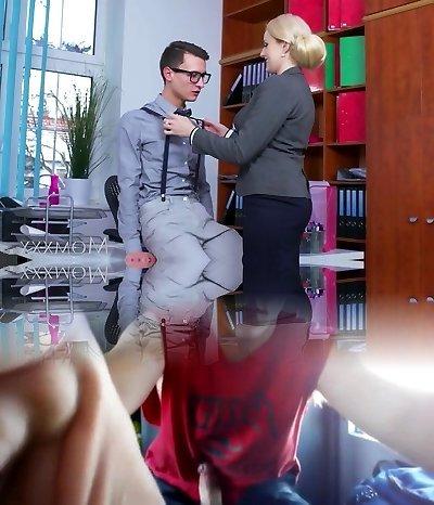 MOM Blondie big tits Milf sucks massive geek man meat